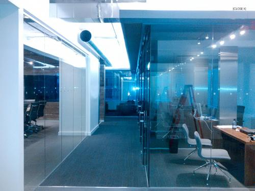 Office partition frameless glass